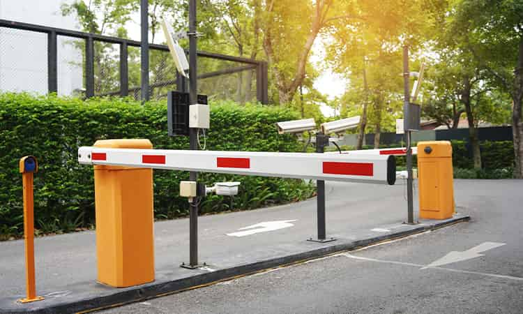 Parking barriers repairs and services dubai thumbnail